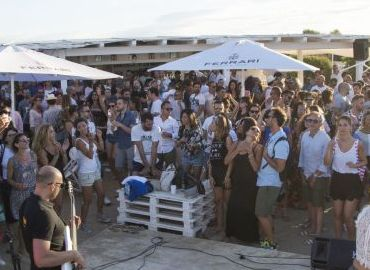 - White Ostuni Beach Club